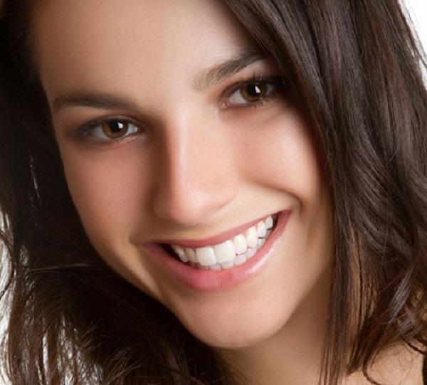 Phẫu thuật chữa cười hở lợi kết hợp chỉnh hàm hô.