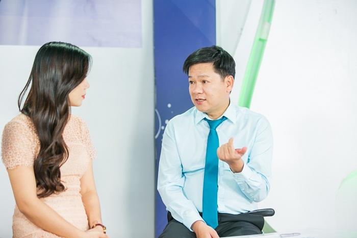 TS.BS Nguyễn Phan Tú Dung bày tỏ quan điểm vòng 1 chảy xệ của phụ nữ sau sinh