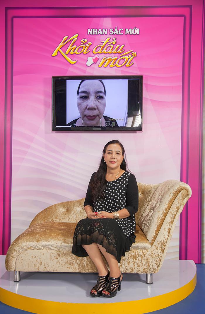 Cô Kim Cúc tự tin khi xuất hiện trước ống kính chương trình