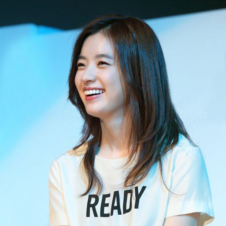 han-hyo-joo-13